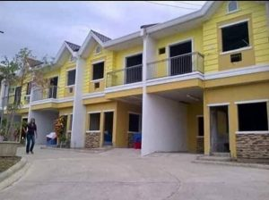 HOUSE AND LOT WALKING DISTANCE FROM GAISANO TABUNOK